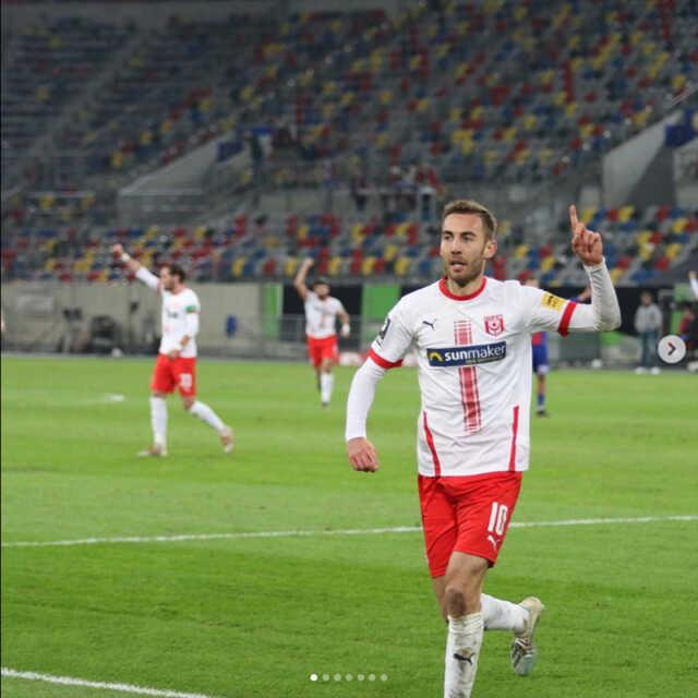 kachel_stadion_hallescherfussballclub